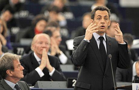 El presidente francés, Nicolas Sarkozy, durante su comparecencia ante el Parlamento Europeo. (AFP)