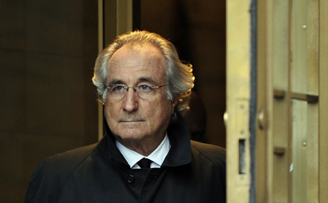 Bernard Madoff al salir del juzgado de Nueva York. | AFP