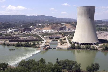 Central nuclear de Ascó (Tarragona).   Efe