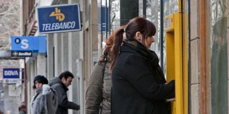 El Euribor rebajará las hipotecas más de 300 euros. | Benito Muñoz