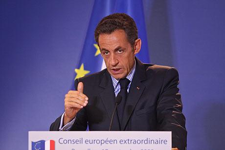 Nicolás Sarkozy en rueda de prensa tras la reunión extraordinaria de la UE. | Efe