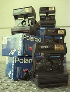 Cámaras Polaroid en una imagen de 1996.   elmundo.es
