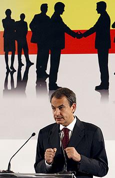 El presidente del Gobierno, durante su intervención en la mesa redonda organizada por 'The Economist', en Madrid. | Efe