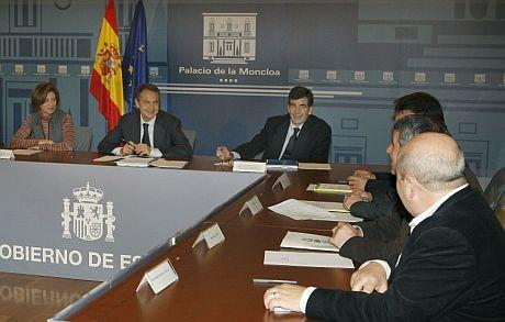 Imagen del último Consejo de Ministros del año.   Efe