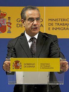 El ministro de Trabajo e Inmigración, Celestino Corbacho. | Efe