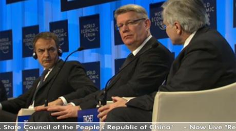 Zapatero, en la conferencia con el presidente letón (c) y Jean Claude Trichet (d)