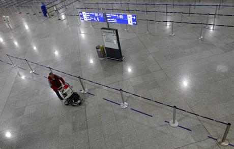El aeropuerto internacional de Atenas este miércoles. | AP