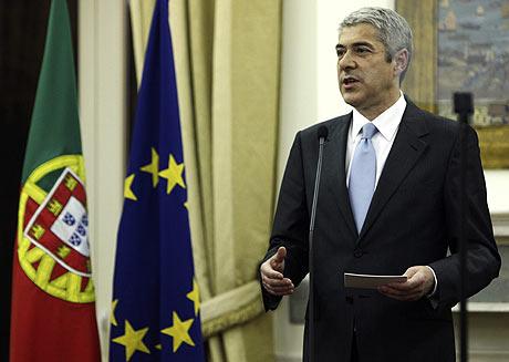 El primer ministro de Portugal, José Sócrates, durante una conferencia de prensa.   Efe