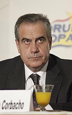 El ministro de Trabajo, Celestino Corbacho. | Óscar Monzón