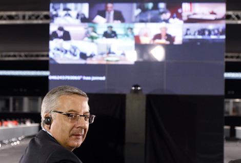El ministro de Fomento, José Blanco, en la videoconferencia de la UE. | Reuters