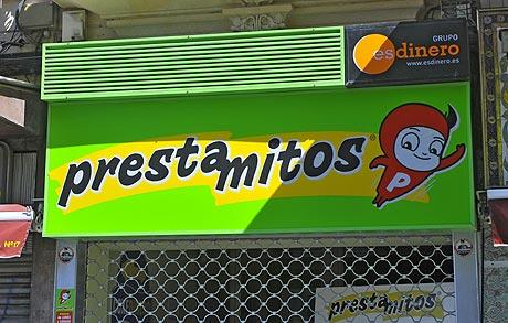 Empresa Prestamitos, del Grupo Esdinero, en Palma de Mallorca. | Alberto Vera