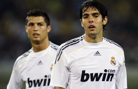 Los dos fichajes más caros de la historia del fútbol.   Efe
