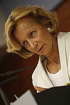 Elena Salgado, ministra de Economía.   Juan Carlos Hidalgo