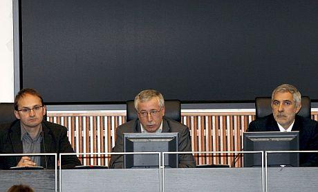 El secretario general de CCOO, Ignacio Fernández Toxo (c) y los diputados de IU-ICV, Gaspar Llamazares (d)y Joan Herrera. | Efe