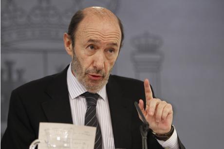 El vicepresidente Alfredo Pérez Rubalcaba, hoy, en el Consejo de Ministros.   José Aymá
