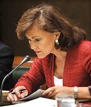 La ministra, durante su comparecencia ante el Senado. (Foto: EFE)