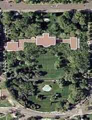 Imagen de la Casa Blanca, con los tejados ocultos. (Foto: Google Maps)