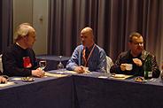 J. Nielsen, J. Slatin y J. Zeldman. (Foto: P. R.)