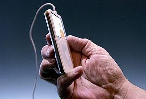 Imagen de un iPod von vídeo. (Foto: AFP)