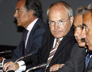José Montilla durante su intervención en Santander. (Foto: EFE)