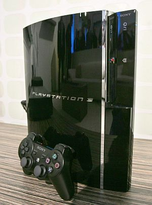 La PS3 es la más voluminosa y pesada de las nuevas consolas. (Foto: AFP)