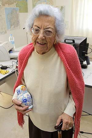 La bloguera María Emilia, autora del blog 'A mis 95 años'. (Foto: EFE)
