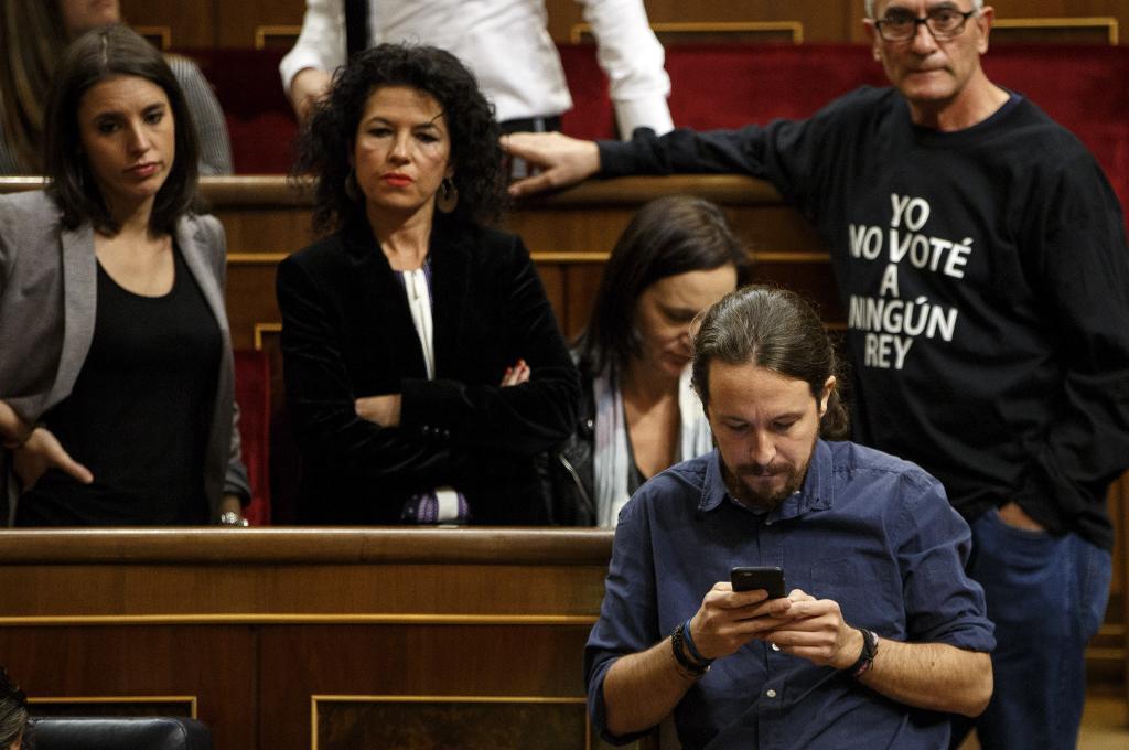Diputados de Podemos en la apertura solemne de las Cortes al inicio de la legislatura. Alberto Di Lolli