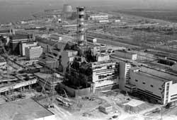 Vista del reactor número cuatro de la central nuclear de Chernóbil donde se produjo el accidente. | REUTES