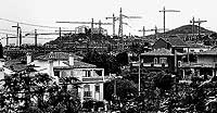 Viviendas en construcción en Benalmádena, en la Costa del Sol / EL MUNDO