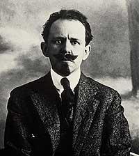 SAQUEADOR. Llegó a España en 1915 y murió en 1935, en accidente de tráfico. Fue enterrado en Carabanchel.