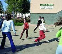 Jugando en su colegio en Ayamonte