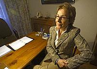 María Jesús Mardomingo, en el despacho de su casa. / Kike Para