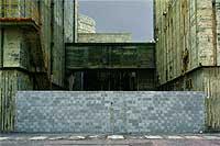 Entrada prohibida. Todos los accesos a los reactores fueron sellados con hormigón y cemento el pasado verano.