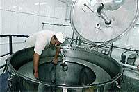 La centrifugadora donde se mezclan los ingredientes.