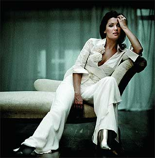 Sensual. La soprano rusa Anna Netrebko, 34 años, posa con el estilo de una estrella de la canción.