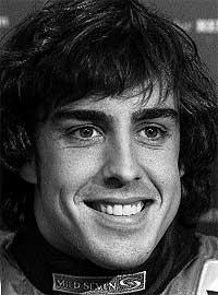 Fernando Alonso. Por la forma de su cara, se trata de una persona que tiene un carácter medianamente abierto