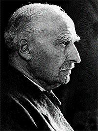 Ernst Leitz II supo detectar las posibilidades que ofrecía el nuevo artefacto.