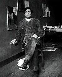 El fotógrafo Paul Guillaume inmortalizó, en 1915, al pintor en el lugar donde retrataba sus modelos y vivía sus tormentosos romances con ellas.