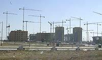 Bñoques de viviendas en construcción en un barrio de un municipio del sur de Madrid / ANTONIO HEREDIA