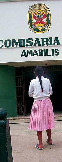 En ciertos pueblos las niñas no pueden salir a la calle a partir de las seis de la tarde. / DIARIO CORREO (HUÁNICO)