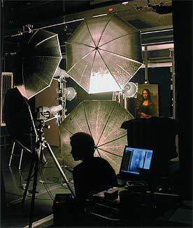 A lo largo de tres sesiones, en octubre de 2004, el cuadro fue digitalizado en un escáner 3D de alta definición y sometido a radiografías, espectometría y rayos X, ultravioleta y microfluorescentes. Todo, sin necesidad de tocarlo.
