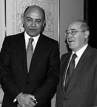 Gerardo Díaz Ferrán (izqda.) junto a José María Cuevas. / EFE