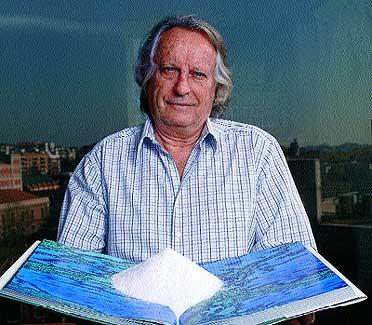 El literato e investigador, 71 años, vive empeñado en demostrar que los problemas del agua se solucionarán