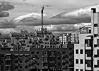 Viviendas nuevas en uno de los PAU del norte de Madrid. / PEDRO CARRERO