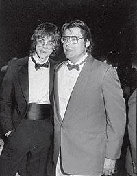 Joe Hill y su padre, en 1988. Semejantes hasta en su preferencia por el heavy metal.