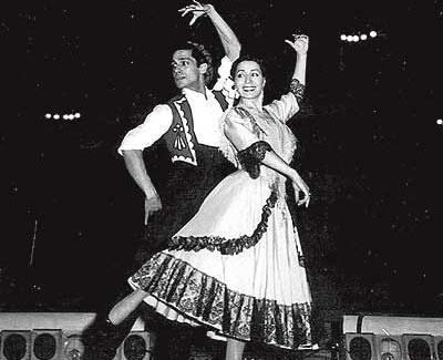 """Antonio y Mariemma durante su actuación en """"El sombrero de tres picos""""."""
