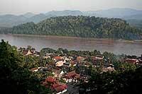 Vista de Luang Prabang, a orillas del río Mekong. / FRANCISCO LÓPEZ-SEIVANE