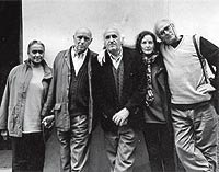Cuenca, 1998. Antonio (en el centro) con Carlos (dcha.) y Antonio Saura (izqda.) poco antes de la muerte del pintor.