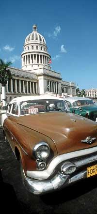La Habana depara estampas y vivencias inolvidables, marcadas siempre por la fascinante singularidad cubana. (Foto: AGEFOTOSTOCK)