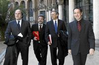 De izquierda a derecha, los rectores Ángel Gabilondo (UAM), Josep Joan Moreso (UDF), Daniel Peña (UC3M), Lluís Ferrer (UAB) en Barcelona. (Foto: Jordi Pareto)
